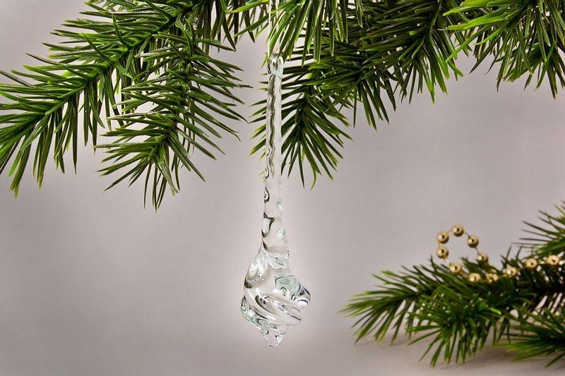 Glastropfen ca. 8 cm x 2 cm gedreht aus klarem Glas