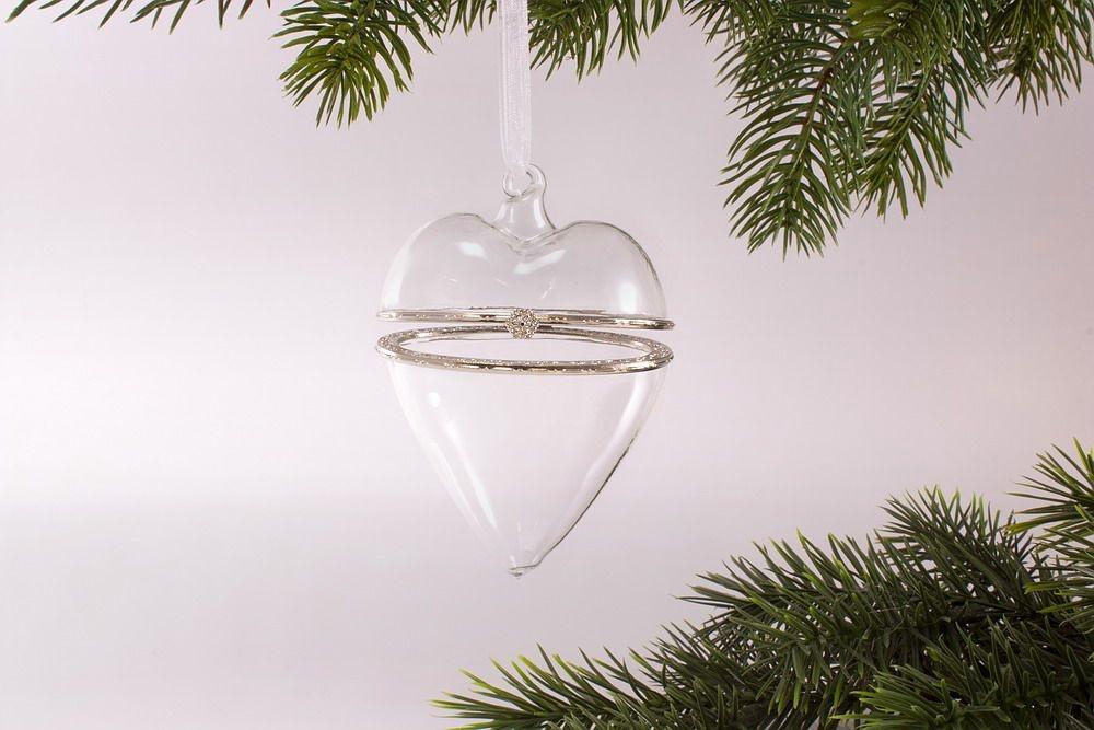 Das aufklappbare Herz aus klarem Glas