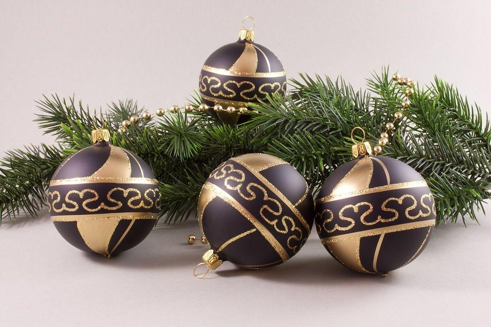 4 Weihnachtskugeln 8cm Schwarz Gold Christbaumkugeln