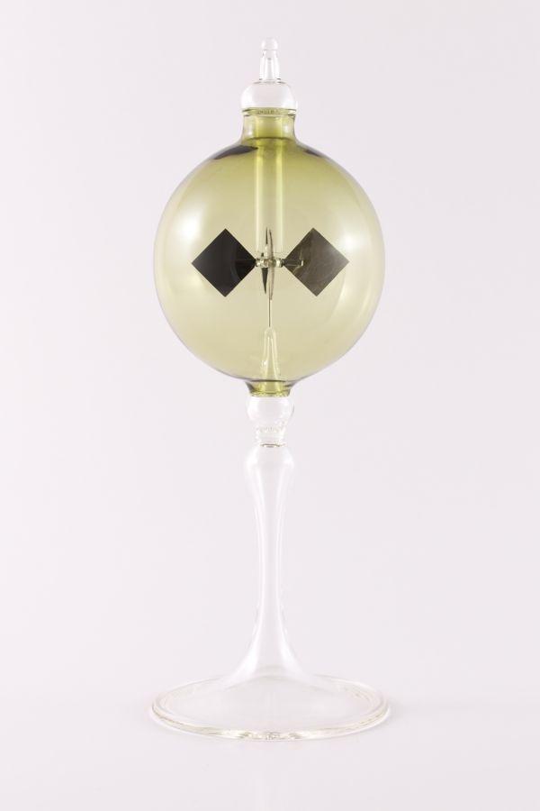 grüne Lichtmühle Radiometer stehend 8cm transparent