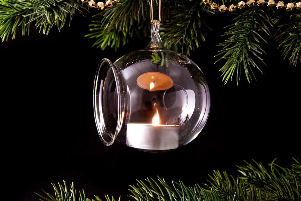 4 Teelichtkugeln aus Glas 8cm transparent im Spar-Set