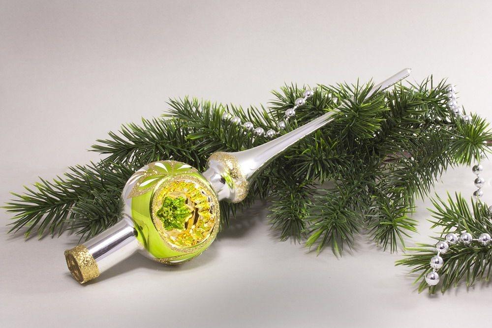 Christbaumschmuck Christbaumspitze Silber Reflex grüner Ring