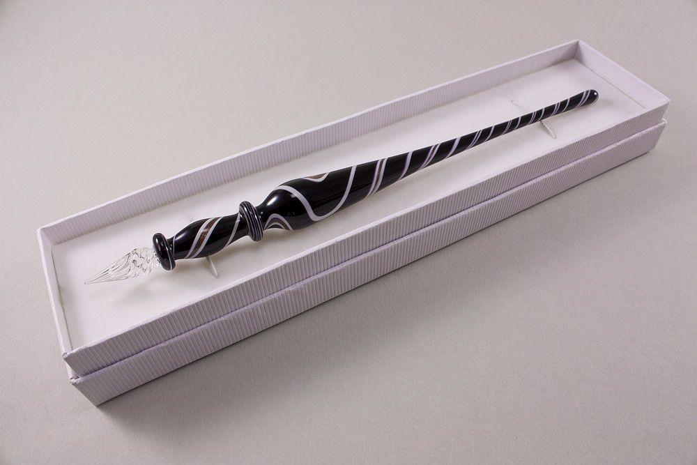 Glasschreiber Glasfederhalter schwarz weiß kupferaventurin
