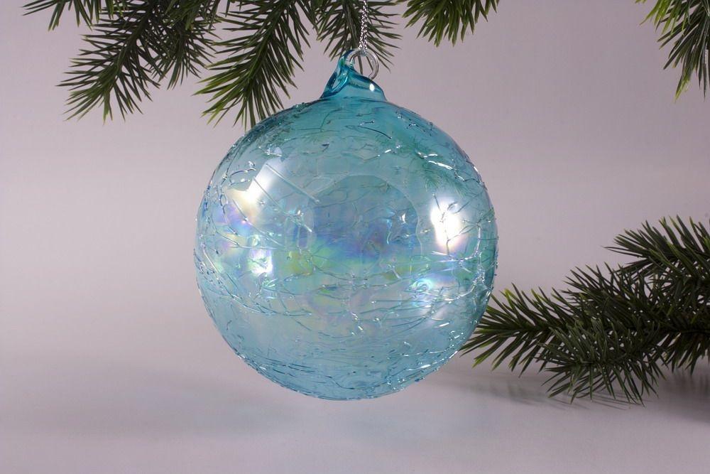 Glaskugel 10cm mit Seifenblasen-Optik in türkis