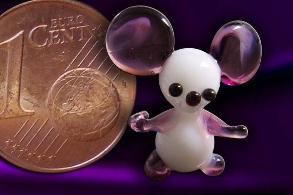 Glasfigur Glasmaus Mini-Maus aus Glas violett