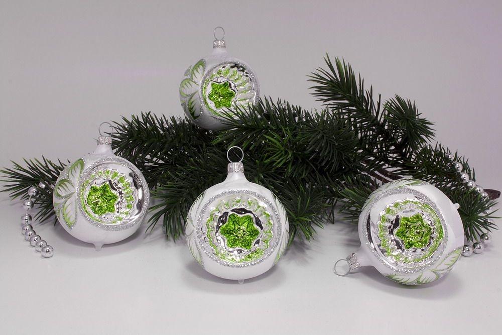 4 Reflexkugeln 6 cm Eisweiß mit grün