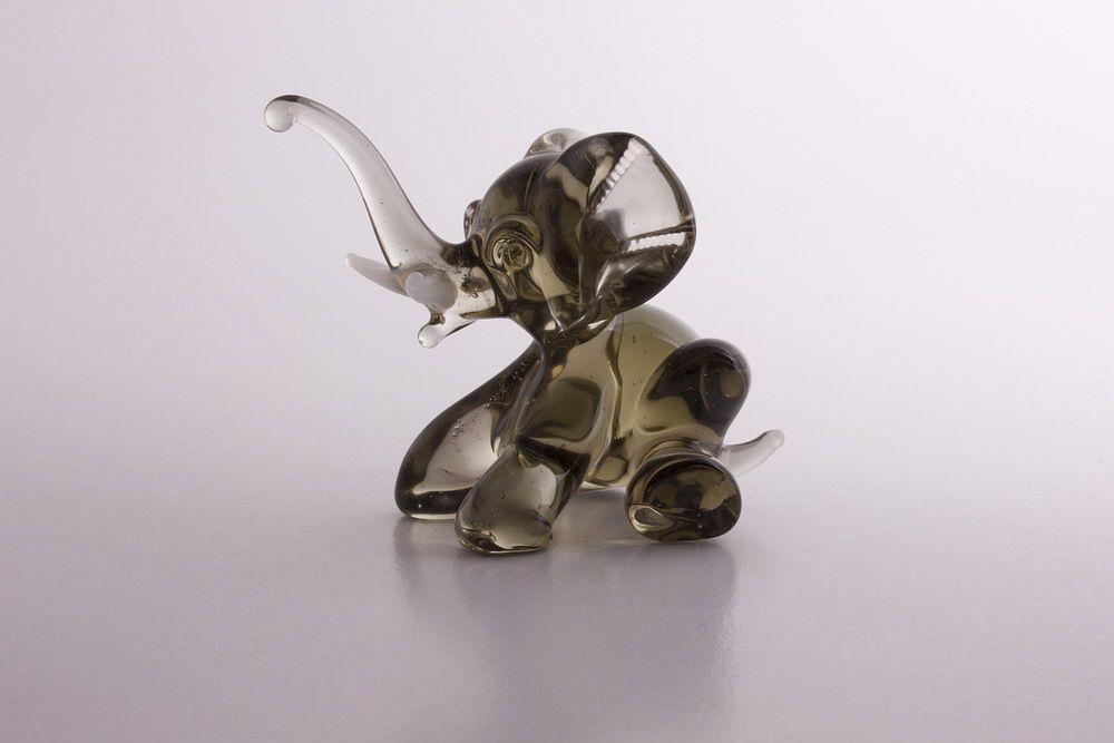 Glasfigur Glaselefant Elefant aus Glas Rauchglas