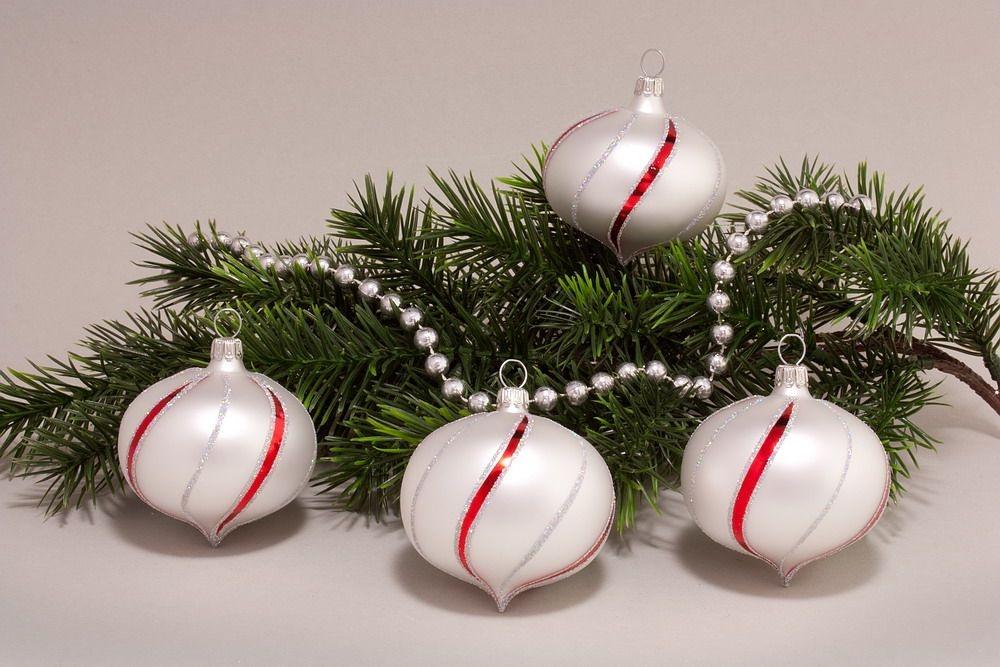 4 Zwiebeln Weiß matt mit rot gst