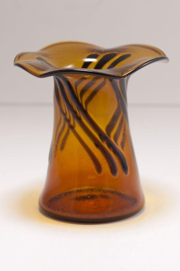 Mini-Vase aus Glas für Fruchtspieße braun