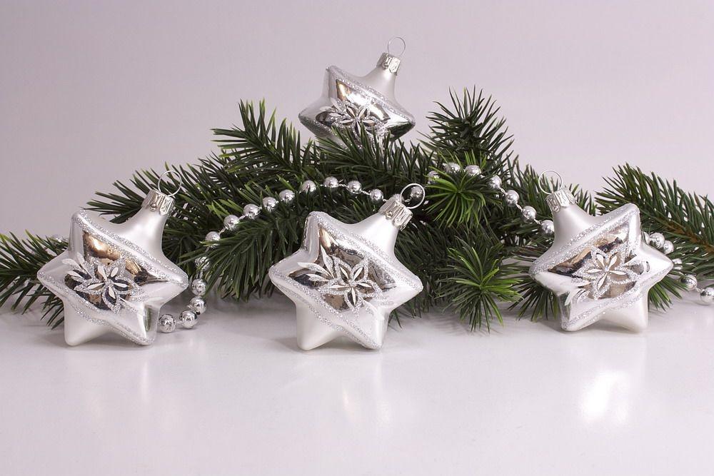 4 Sterne Silber Glanz matt umrandet