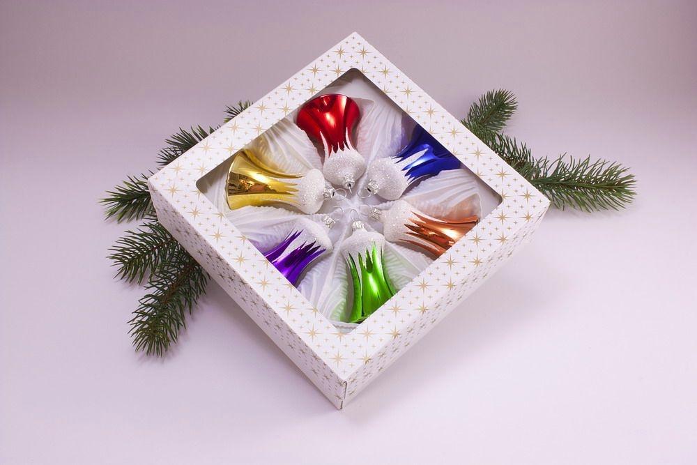 6 bunte Weihnachtsglöckchen mit Schneedach 5cm