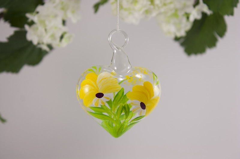 Christbaumkugeln Gelb.Glasherz Herz 5 Cm Aus Glas Blume Gelb Mundgeblasen Und Beidseitig Bemalt