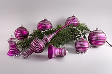 Christbaumkugeln magenta matt 1