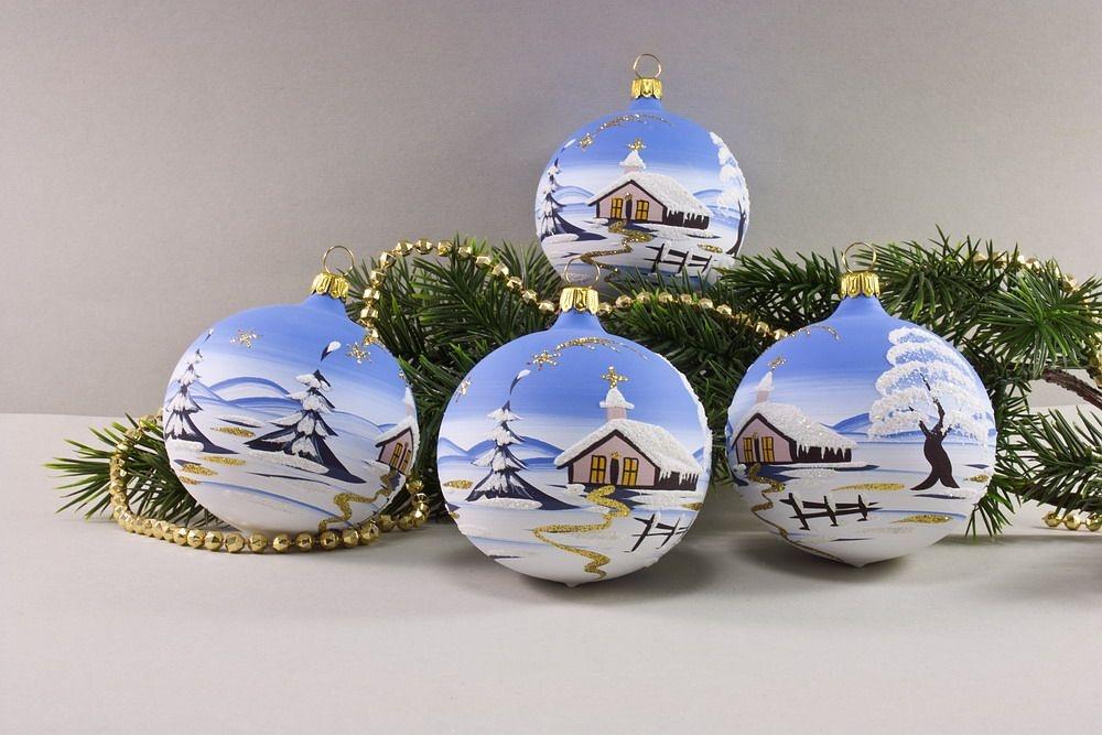 4 Weihnachtskugeln 8cm mit Landschaft hellblau