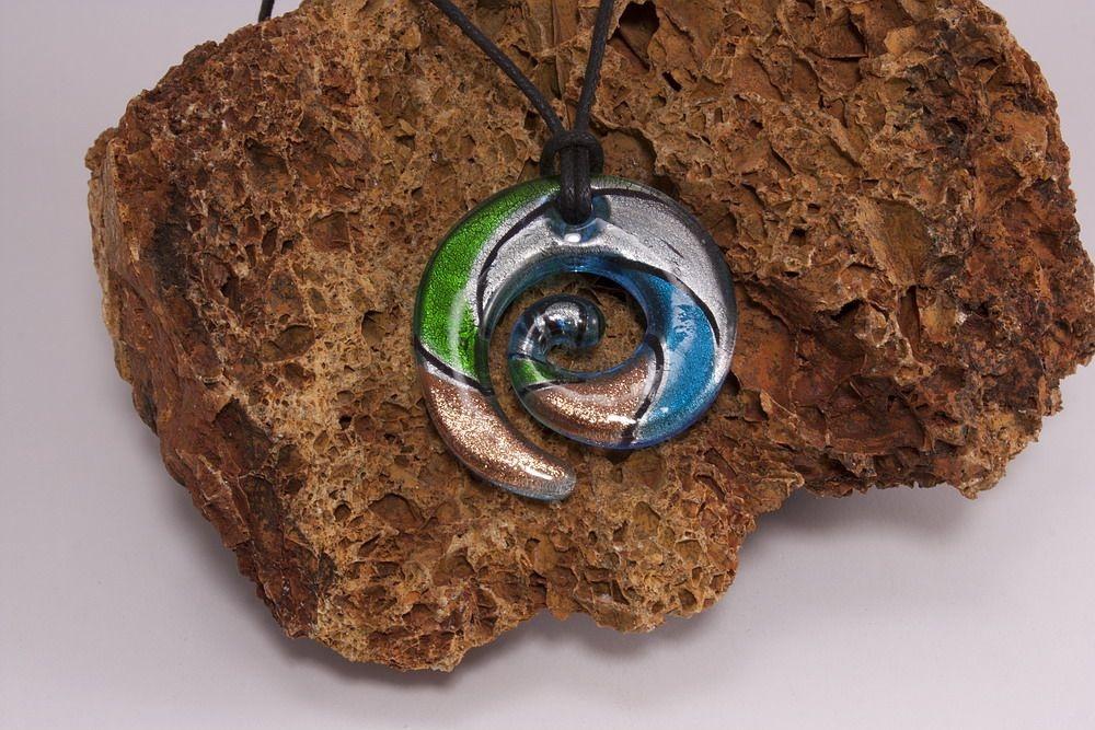 Glasschmuck Spirale aus Glas grün türkis