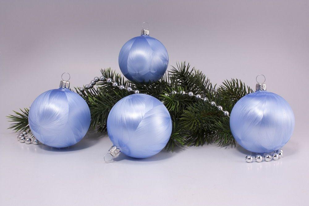 4 Weihnachtskugeln 8cm Eishellblau uni