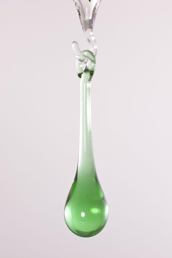 kleiner Glastropfen 5cm x 1cm in grün