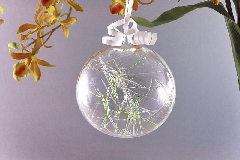 Traumkugel aus Glas 7cm grün