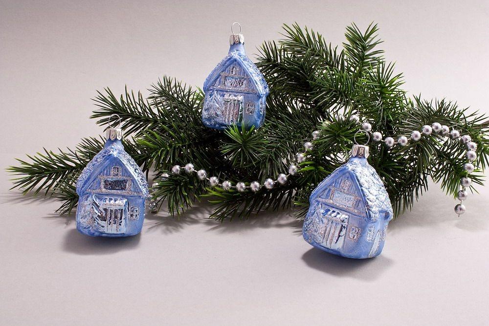 3 Häuschen aus Glas hellblau