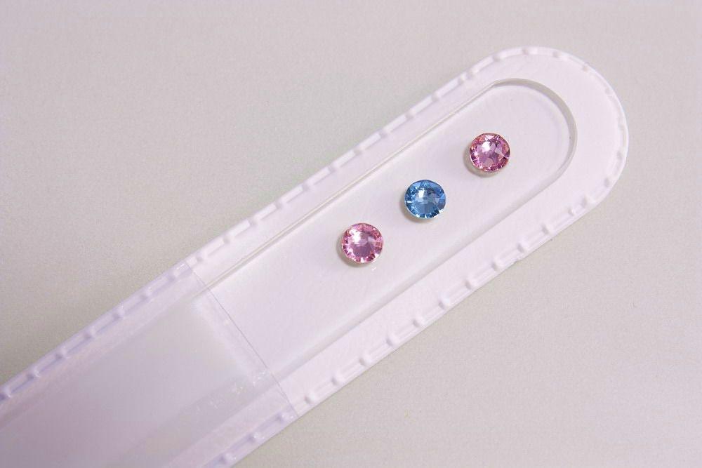 Glasnagelfeile mit echtem Swarovski in rosa-hellblau