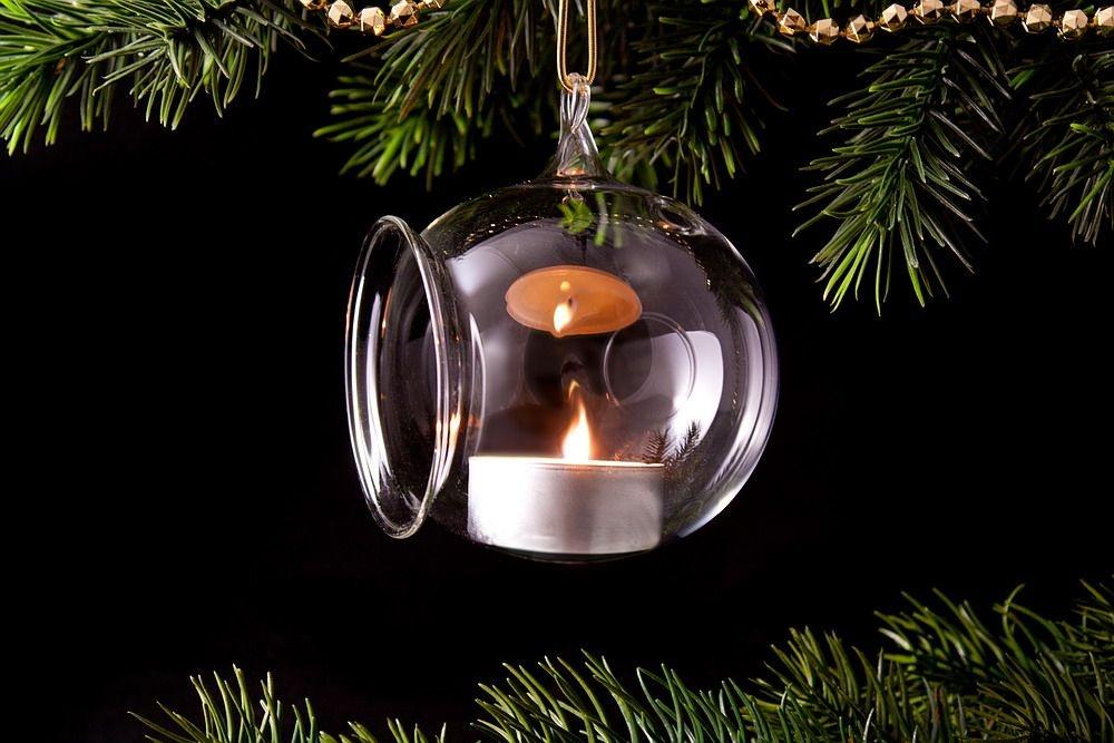 1 Teelichtkugel Baumschmuck aus Glas 8cm mit Glasöse