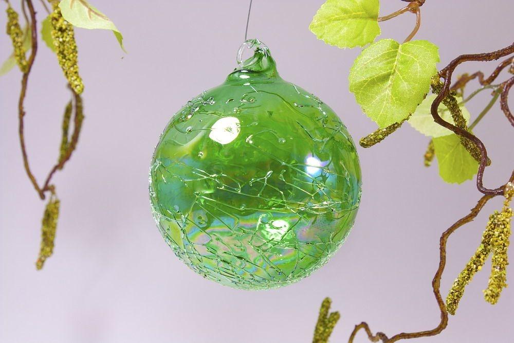 Glaskugel 8cm in Seifenblasenoptik klar grün