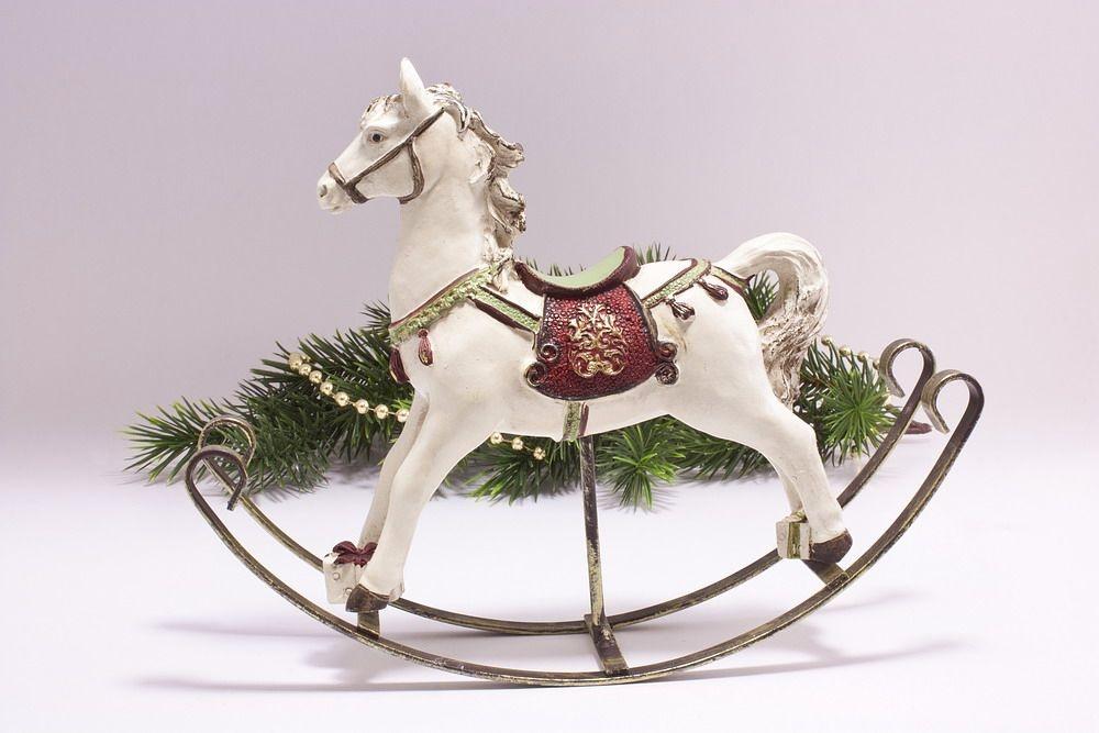 Nostalgisches Schaukelpferd Weihnachtsschmuck