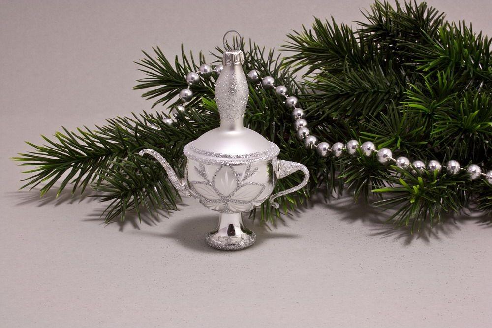 kleine Aladinlampe Silber Glanz mit Christrose