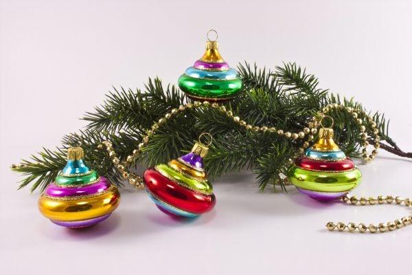 4 bunte kreisel christbaumkugeln aus glas hersteller in for Bunte lampenschirme aus glas