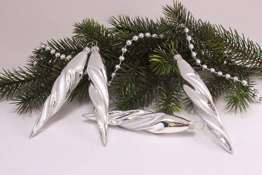 4 Eiszapfen ca. 13 x 2cm Silber Glanz matt umrandet