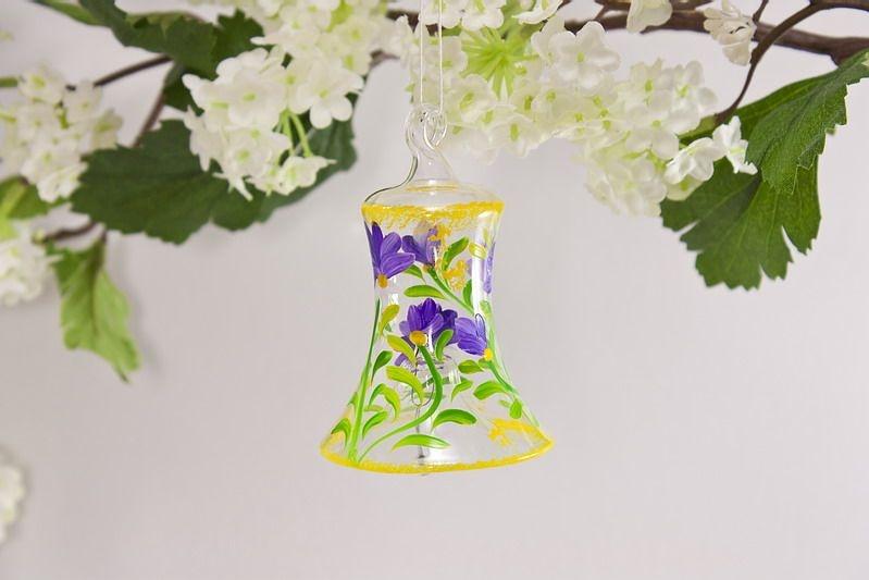 Glasglöckchen 4 cm mit Blumenmotiv in violett lila