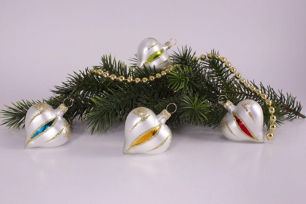 4 herzen bunte weihnacht christbaumkugeln for Bunte lampenschirme aus glas