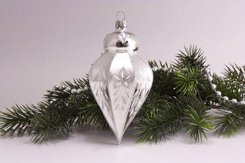1 Zwiebelturm Silber Glanz matt umrandet