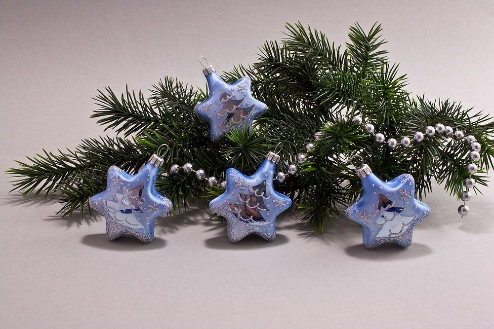 4 Sterne Eis-hellblau silberne Tanne