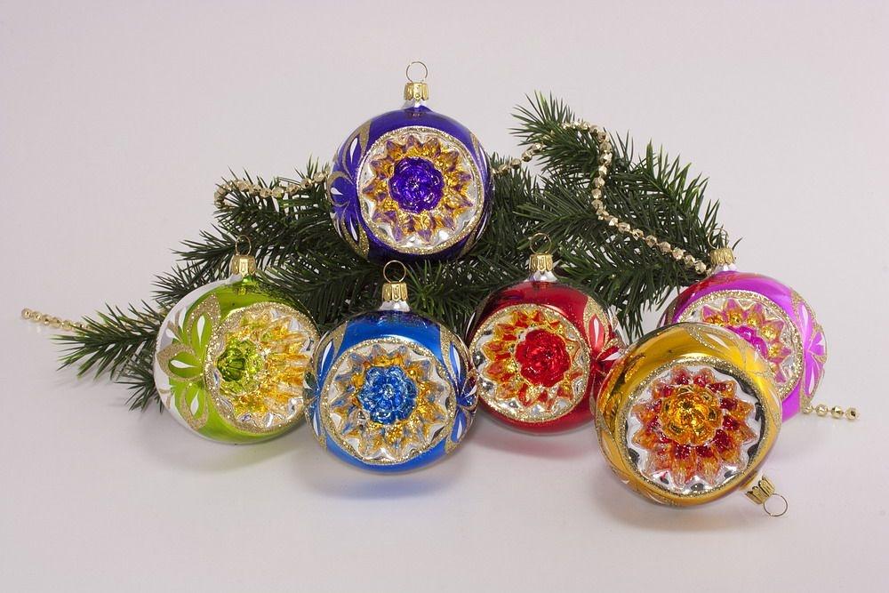 6 bunte reflexkugeln 8 cm im sparset christbaumkugeln for Bunte lampenschirme aus glas