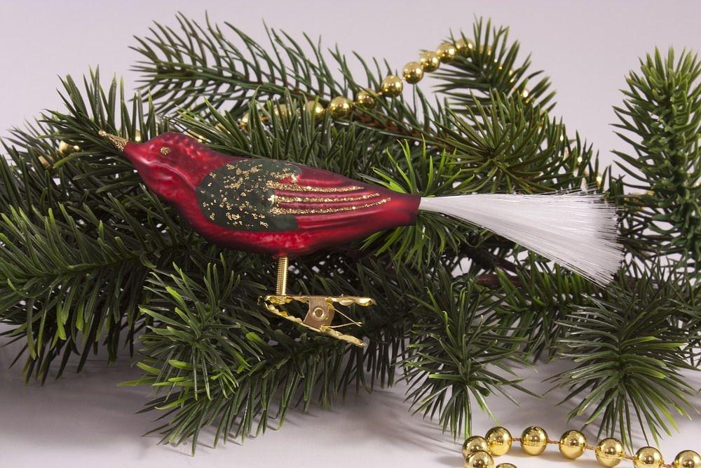 1 Vogel rot matt antik mit Grün und Gold