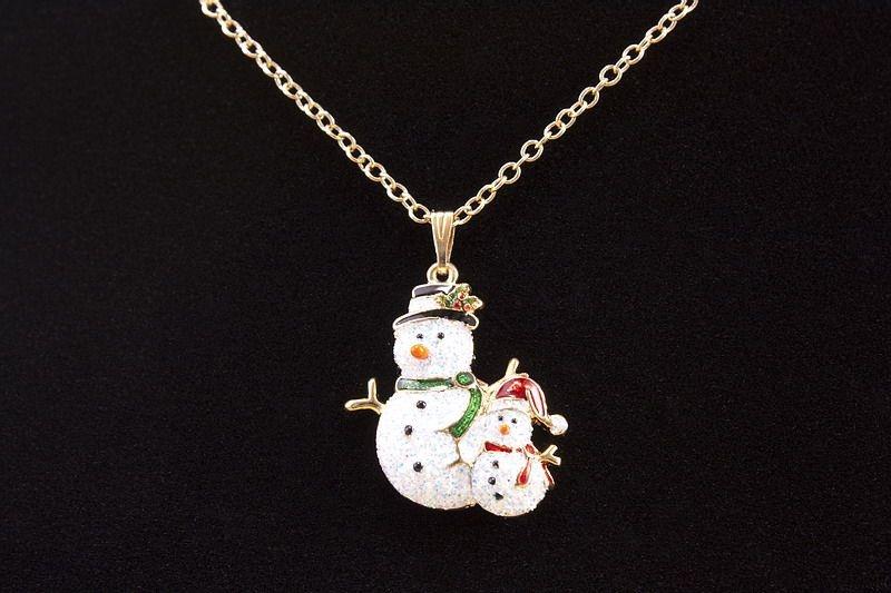 Halskette mit Schmuckanhänger Schneemänner
