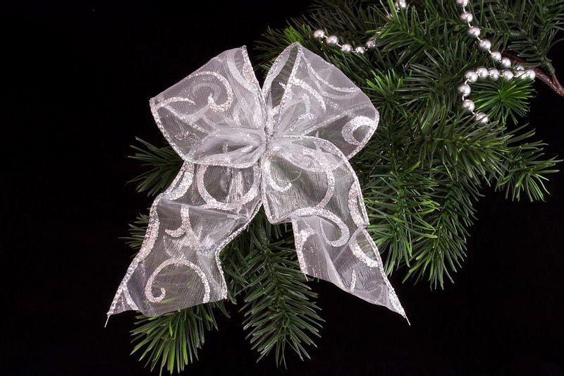 Weihnachtsschleife silbern