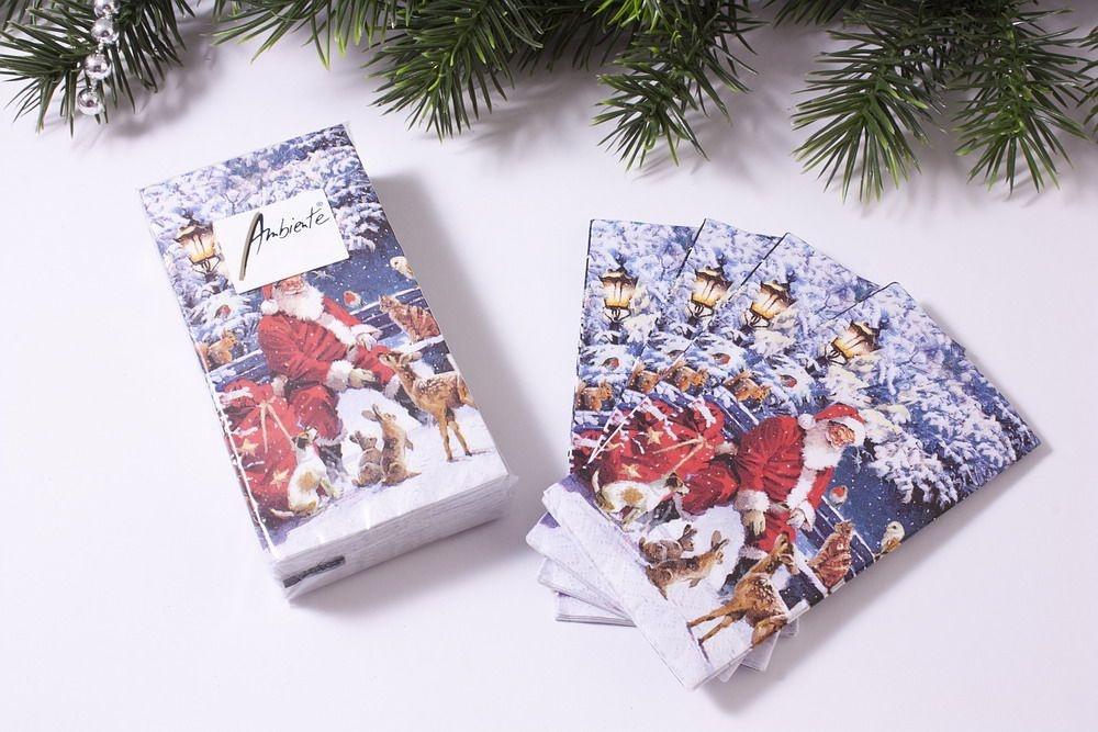 1 Packung Papier-Taschentücher mit Motiv Weihnachtsmann
