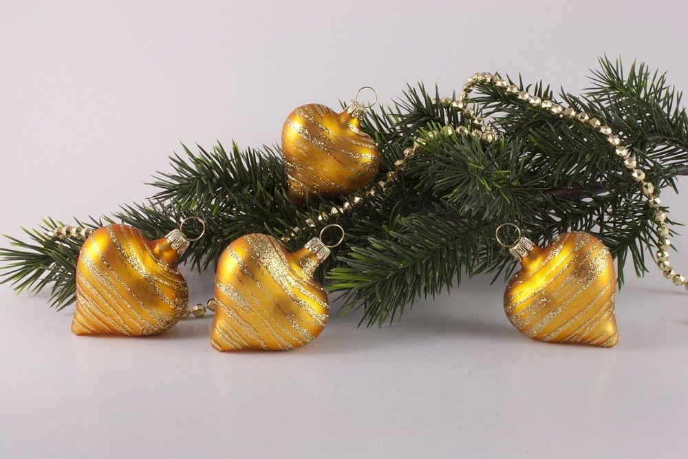 4 Herzen Gold matt geringelt