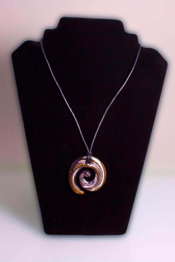 Glasschmuck Spirale aus Glas violett weiß