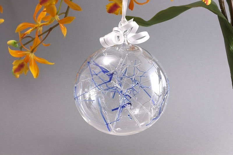 Traumkugel aus Glas 10cm blau