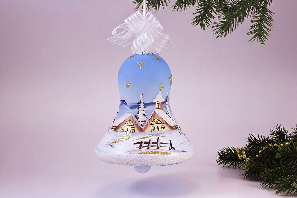 beleuchtete Glocke 16cm mit Winterlandschaft hellblau
