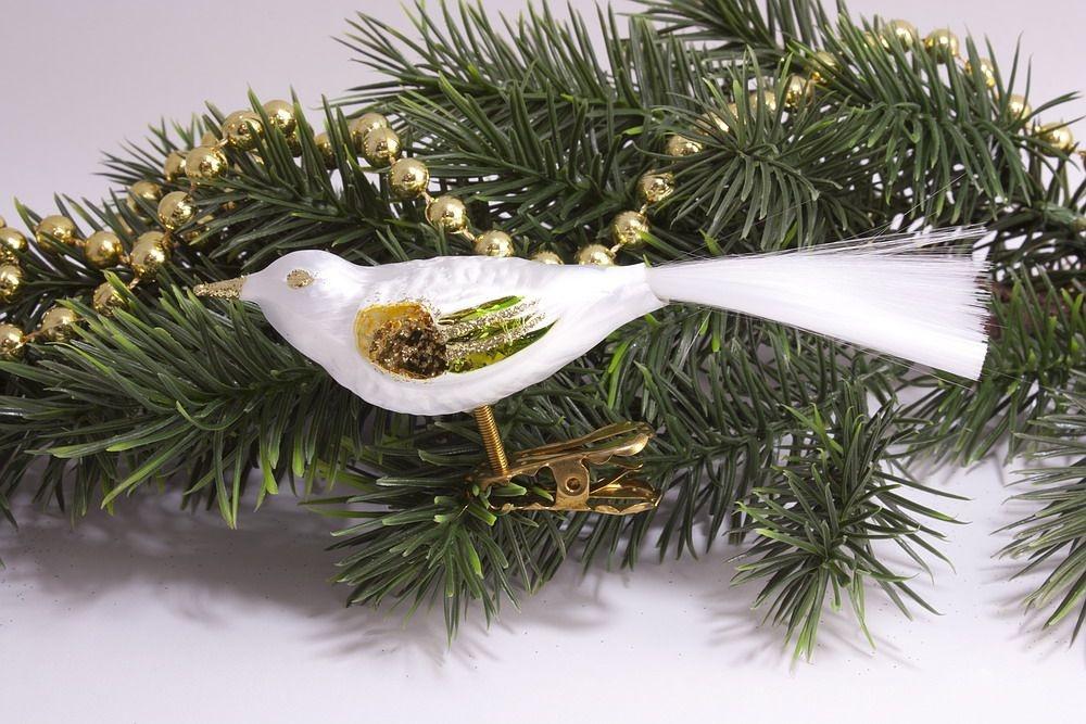 1 Vogel Eisweiss mit gold & grün