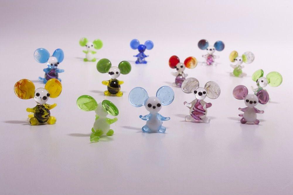 6 Mini-Mäuse aus Glas gemischt