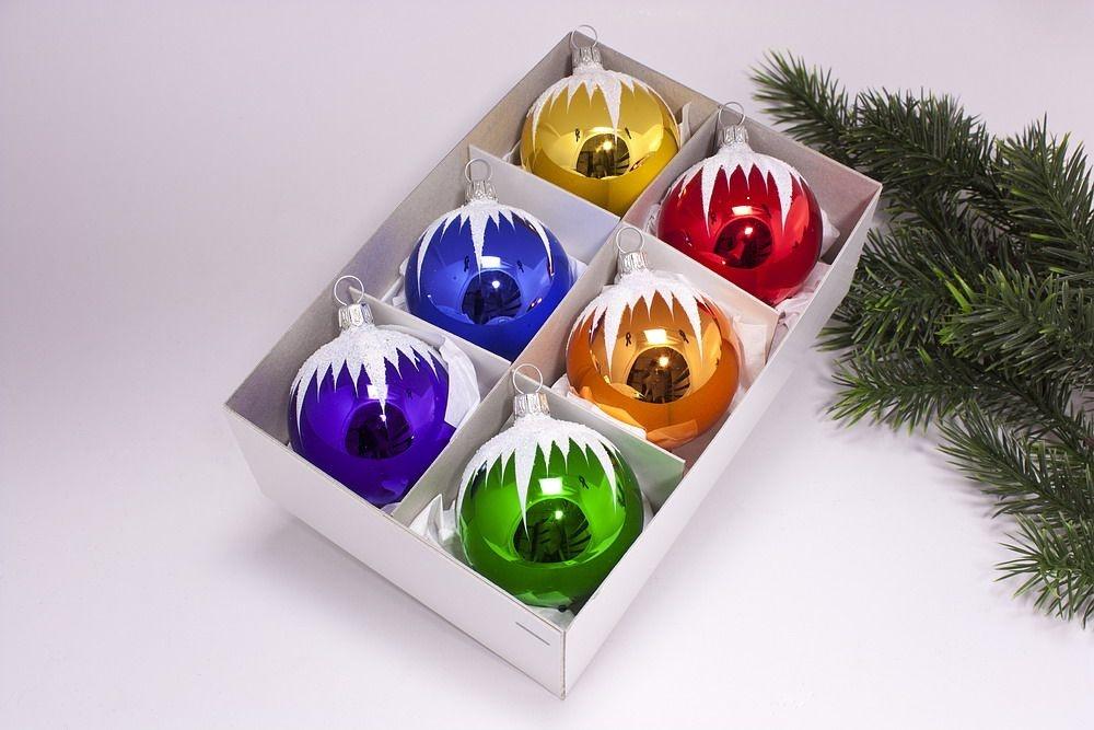 6 bunte weihnachtskugeln mit schneedach 8cm for Bunte lampenschirme aus glas