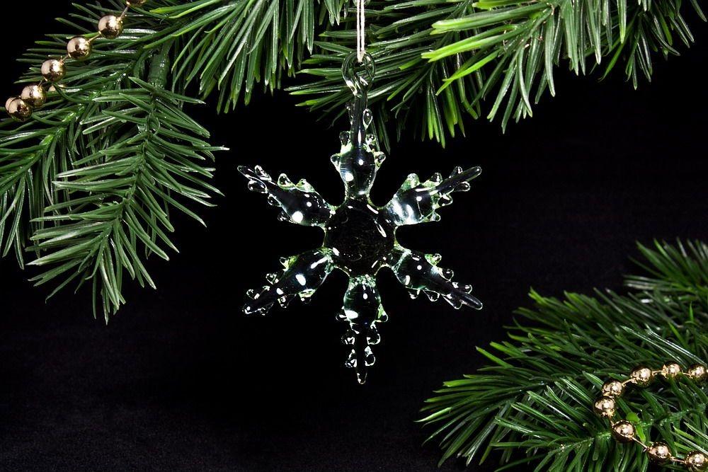 kleine Schneekristalle Baumschmuck aus Glas 4,5 cm