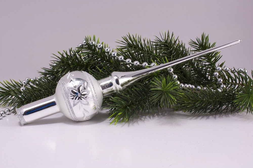 Christbaumspitze Silberblume matt umrandet